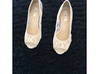 LADIES SPECIAL OCCASION SHOES