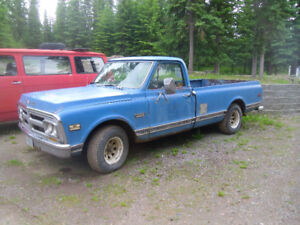 Parts cars, Gmc, Chev, Olds, Nissan, Mostly parts cars
