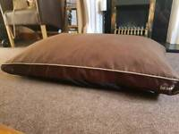 Dog Bed, memory, orthopaedic size XL Scruffs Expedition Memory Pillow Bed.