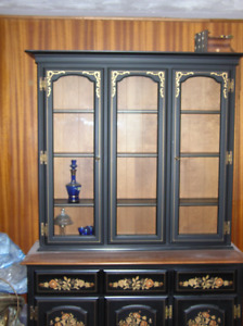 VILAS DINING HUTCH - REDUCED FOR IMMEDIATE SALE