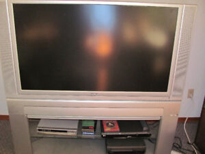 50 inch Hitachi LCD Rear Projection TV with stand