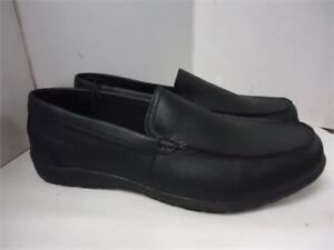 George Shoes size 8 and 12 bnib 15 each thye cost 40 each