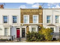 2 bedroom flat in Wandsworth Road, London, SW8 (2 bed)