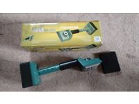 CARPET STRETCHER Brand new, never used.