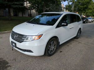 2011 Honda Odyssey **8 seater** *clean title* **fresh safety**
