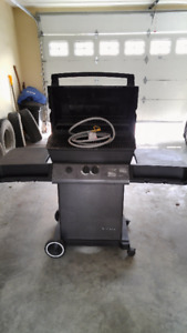 Broil King Natural Gas BBQ with hose