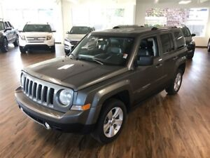 2012 Jeep Patriot Limited 4x4 (DVD/leather)