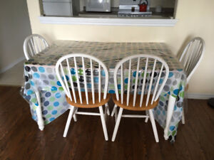 KITCHEN TABLE & FOUR CHAIRS