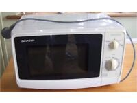 SHARP R-209 COUNTER TOP 800W COMPACT MICROWAVE OVEN WHITE 20L INTERIOR PULL OPEN DOOR 13KG WEIGHT