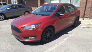 2016 Ford Focus SE Sedan Ruby Red