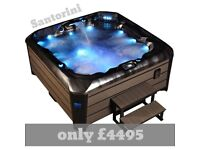 5 and 6 seater hot tub with free cover lifter and chemicals