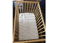 baby bed / Kiddicare Compact Cot Natural and its matteress