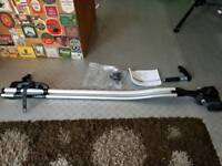 Volvo bike front folk bike carrier fit thule roof bars