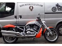EXCELLENT 2005 HARLEY DAVIDSON VRSCR V STREET ROD MUSCLE BIKE LOW MILEAGE IN GREAT COLOUR SCHEME