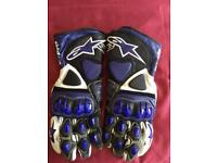 ALPINESTARS GP PRO MOTORBIKE GLOVES