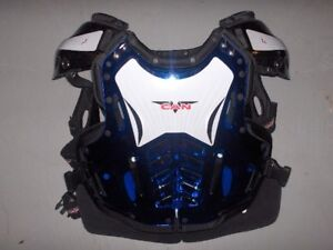 V-CAN Adult X-Large Chest Protector and Shoulder Pads