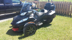 2016 Can Am Spyder RTS