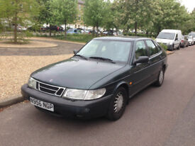 1995 Saab 900 S LHD left hand drive - MOT until 3/2018, needs transmission and clutch