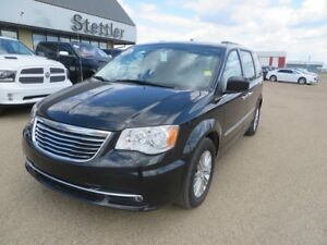 2016 Chrysler Town & Country TOURING LEATHER!! DUAL BLU-RAY!!