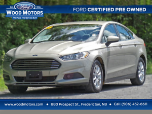 2015 Ford Fusion S (Low Km's!)