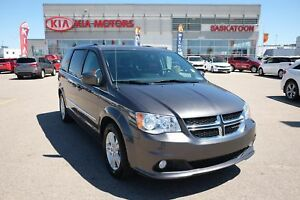 2016 Dodge Grand Caravan Crew LOW KMS, BACK UP CAMERA, HEATED...