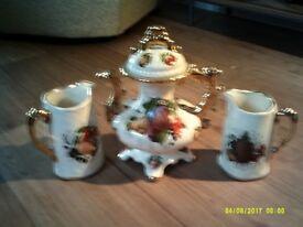 teapot and 2 jugs