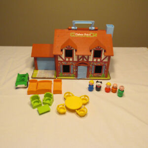 FISHER PRICE PLAY FAMILY LITTLE PEOPLE #952 MAISON VINTAGE