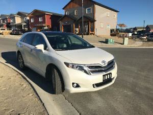 *reduced* 2013 Toyota Venza SUV, Crossover