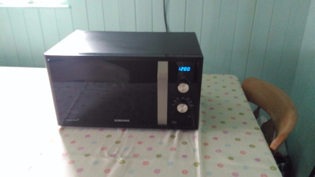 Samsung Microwave Oven MS23F30