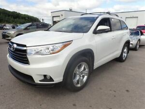 2015 Toyota Highlander AWD/HEATED & COOLED SEATS/NAV/PANO ROOF/A