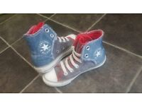 Converse boot type size 10 - great condition