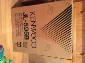 KENWOOD STEREO: speakers, tuner and dual cassette deck