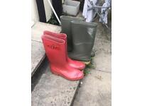 2 x Pairs of Size 7 Wellies