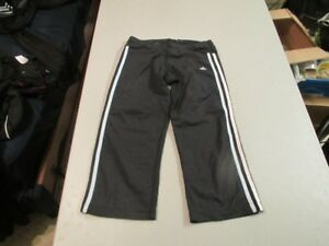 Womens Athletic Clothes Size Small 2