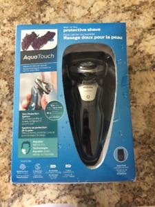 Aqua Touch Wet/Dry Electric Razor