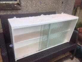 1950's style kitchen cabinet - Glass fronted