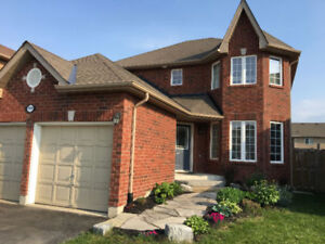 Innisfil: Two Story Newer Upgraded House for Rent