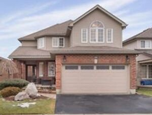Beatiful house with walkout basement at great location