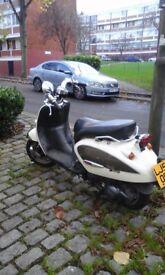 I SELL MOTORBIKE APRILLIA 125CC