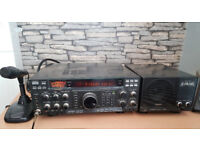 Yaesu FT 990 with Yaesu SP-6 Speaker and MD-100 Microphone/Ham radio/Amateur Radio