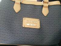 Origanal Guess bag and purse