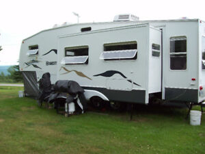 Caravane a sellette (fifthwheel) 2003 (29 pied)