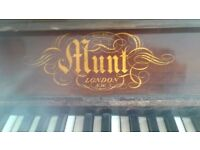 Upright Hunt Piano