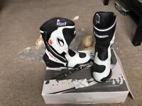 Richa Drift Boots Size 9
