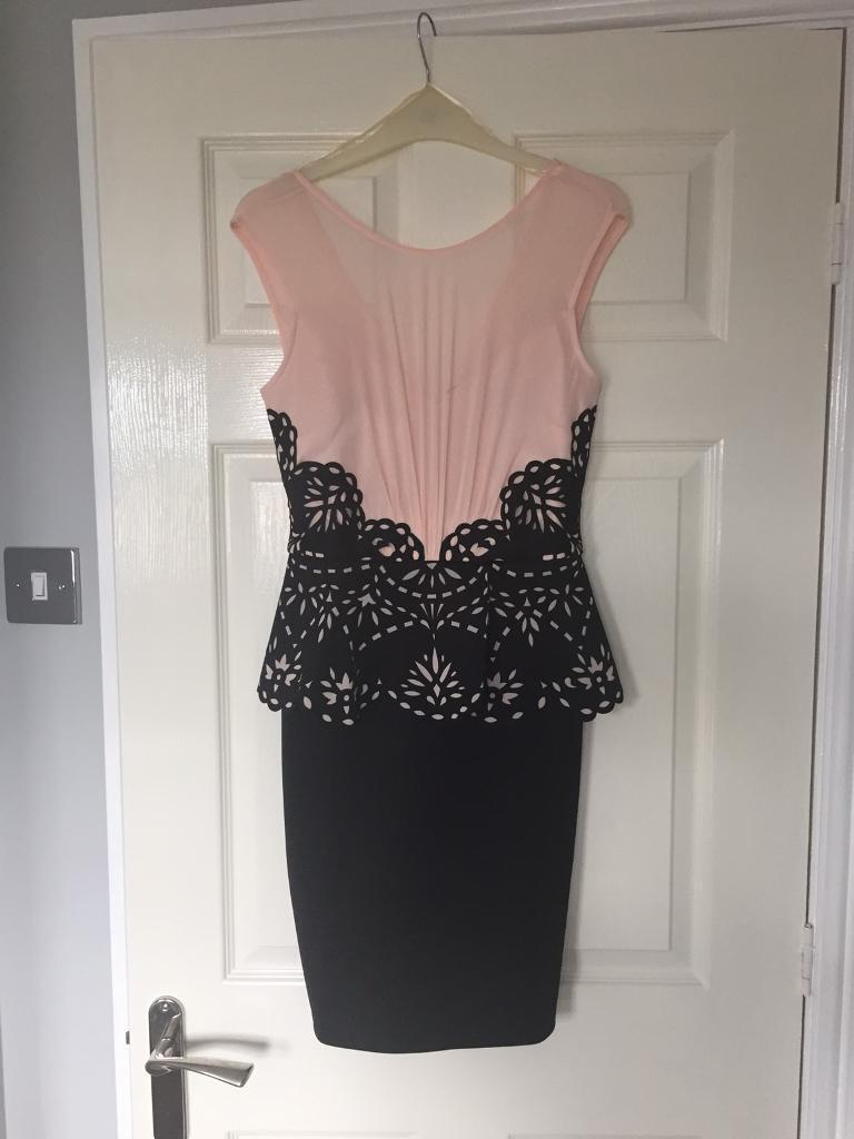 Brand new Lipsy Dress size 10in Bowburn, County DurhamGumtree - This is a brand new with tags Lipsy dress in a size 10. Black and peach, with beautiful mesh and cut out detail. Originally cost £60.00. Ideal for any special occasion