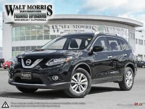 2016 NISSAN ROGUE SV: LOCALLY OWNED, ACCIDENT FREE
