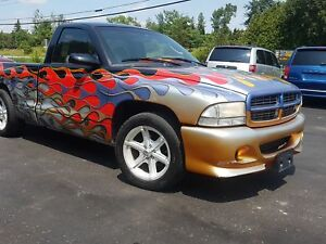 2000 Dodge Dakota lowered ! custom paint! short box Sport