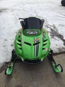 Arctic Cat Green Snowmobile/Sled Plastic Skies