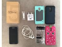 Samsung Galaxy S5 - With Box & Cases