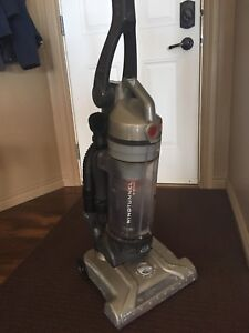 Hoover Wind Tunnel T Series
